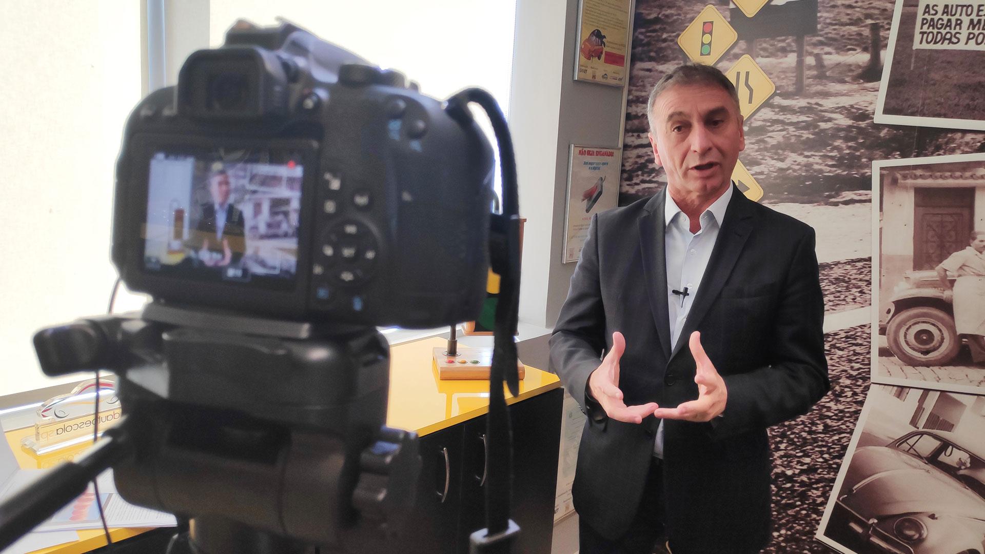 Resumo semanal: os leitores biométricos de dedo vivo (?) e mais um projeto de lei ameaça o setor